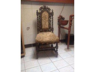 Een leuke antieke stoel!