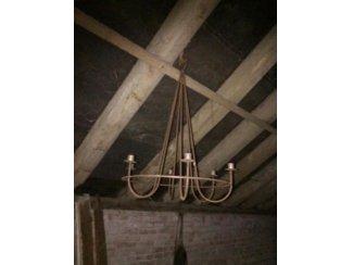 Antieke ophang kandelaar.