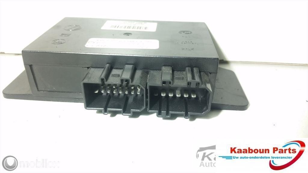 Electronica Zekeringkast / Comfortmodule Volkswagen Passat 3B 96 - 2000