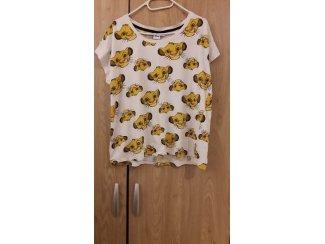T-shirt--> Simba