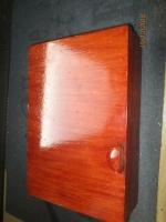 mooi ouderwetse/retro sleutel kastje mahonie kleur met 22 ha