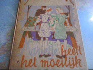 Marietje heeft het moeilijk Nederlands Uitgever: Meinenema