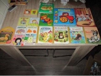 kindervoorleesboekjes 19 voorlees/vertel boekjes zgan