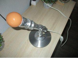 Chrome microfoon omgebouwd tot een unieke kunst staande lamp desi