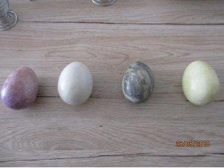 4 marmere eieren