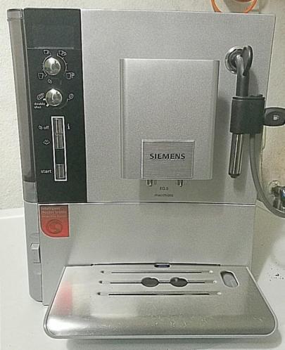 koffiemachine siemens eq 5 macchiato totaal gereviseerd koffieapparaten. Black Bedroom Furniture Sets. Home Design Ideas